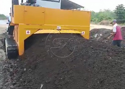 III. 3. Indonesian customers are very satisfied with Shunxin Crawler Compost Turner working at site