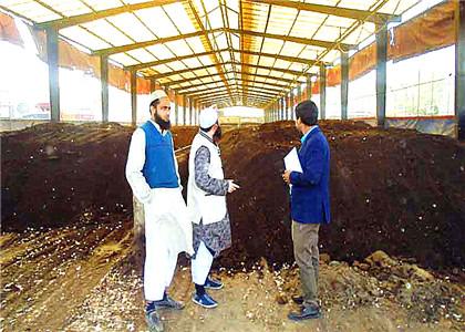 Chicken Farm Manure Waste for Organic Fertilizer Production Business